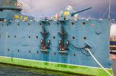 Anchors of the Aurora cruiser — Stock Photo