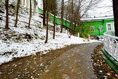Weg zu dem Haus im winter — Stockfoto