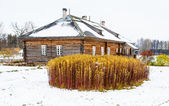 Wooden house in winter in Russia — Stock Photo