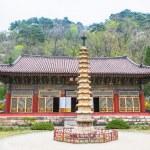Pavillion at Pohyeon-sa in Myohyang-san, North Korea — Stock Photo