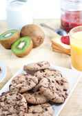 Continental breakfast, healthy and balanced — Stock Photo