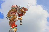 Estatua del dragón de estilo chino — Foto de Stock