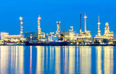 Oil refinery with the blue sky background — Stock Photo
