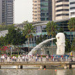 The Merlion fountain and Marina Bay — Stock Photo
