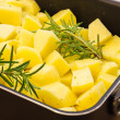 Baked potatoes with rosemary — Stock Photo #21141467