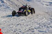 Winter auto racing on makeshift machines — Stock Photo
