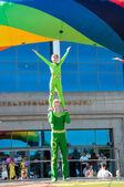 Young acrobats — Stock Photo