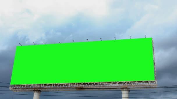 Lapso de tiempo de pantalla verde cartelera — Vídeo de stock