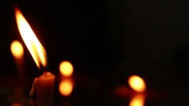 Luz de las velas — Vídeo de stock