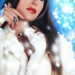 Creative portrait of a gorgeous woman with fur winter theme — ストック写真