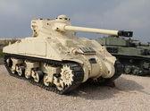 Старый американский танк «Шерман» — Стоковое фото