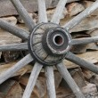 Antique wagon wheel — Stockfoto #14816391
