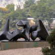 Vertebrae by Henry Moore sculpture — Stock Photo
