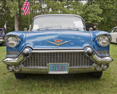 1957 Cadillac Fleetwood front view — Stock Photo