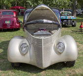 1938 Ford Coupe front view — Stock Photo