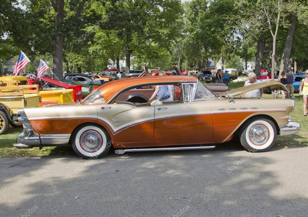 1957 Buick Century Side View Stock Editorial Photo