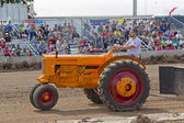 Minneapolis Moline ZB Tractor pulling — Stock Photo