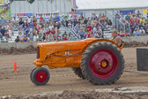 Minneapolis Moline Tractor pulling — Stock Photo