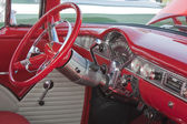 Red & White 1955 Chevy Bel Air Steering wheel — Stock Photo