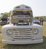 1950 Off White Ford Pickup Front View — Stock Photo