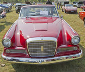 1964 Studebaker GT Hawk Front View — Stock Photo