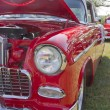 1955 Chevy Bel Air Red & White Side View — 图库照片 #16162791