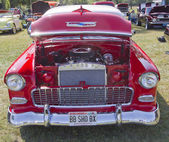 1955 Chevy Bel Air Red & White Front View — Stock Photo