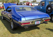 Blue 1970 Pontiac Lemans Sport Engine Rear View — Stock Photo