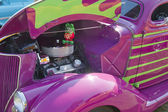 Purple 1936 Ford Coupe Engine — Stock Photo