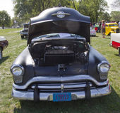 Black 1952 Oldsmobile Super 88 Front View — Stock Photo
