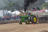 John Deere 6030 Tractor pulling with smoke — Stock Photo