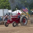 Shiny Red International Turbo Tractor Competing — Stock Photo