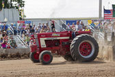 International Turbo Bushville Lanes Tractor Pulling — Stock Photo