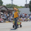 Reiland Trucking Guy in Cheesehead close up at parade — Stock Photo