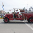 Old Seymour Fire Department Number 1 Truck Passing By — Foto Stock #21168027
