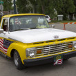 1970's Yellow U.S. Flag Ford Truck — Stock Photo