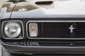 1973 Ford Mustang black convertible Car Grill View — Stock Photo