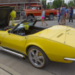 Yellow 1968 Chevy Corvette Roadster Drivers Side — Stock Photo #28253143