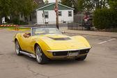 Yellow 1968 Chevy Corvette Roadster Driving — Stock Photo