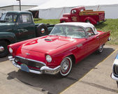 1957 Red Ford Thunderbird — Stock Photo