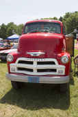 1954 Chevy 6400 Truck Front View — Foto Stock