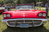 1960 Red Ford Thunderbird hardtop convertible Front View — Stock Photo