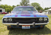 1970 Purple Dodge Challenger Front view — Stock Photo