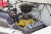 1956 Ford F-100 White Truck Engine — Foto de Stock