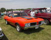 1972 Red with black stripes Olds Cutlass Side View — Stock Photo