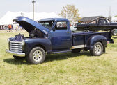 Blue Chevy 3800 Truck — 图库照片