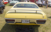 Yellow Plymouth Road Runner 440-8 Rear View — Stock Photo
