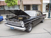 1965 Black Ford Custom 500 — Stock Photo