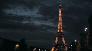 Cintilantes da torre eiffel em paris — Vídeo stock