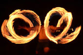 Fire dancer — Stock Photo